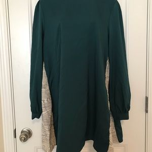 Emerald swing dress with pockets